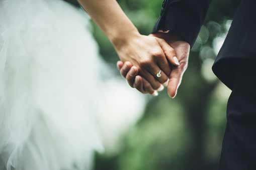 5 Good Reasons Why You Should Get Married